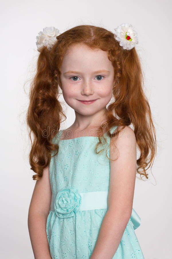 castaway auburn hair and little girl I'm looking for girl names that go with red hair because its becoming increasingly popular to call someone after colour, features or looks eg winter as.