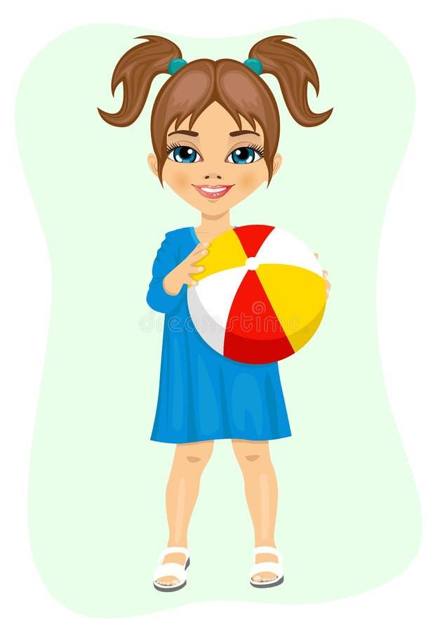 Niña que sostiene una bola rayada inflable ilustración del vector