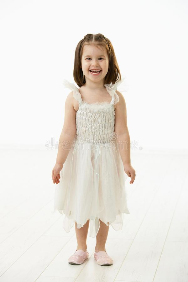 Niña sonriente en traje del ballet fotografía de archivo