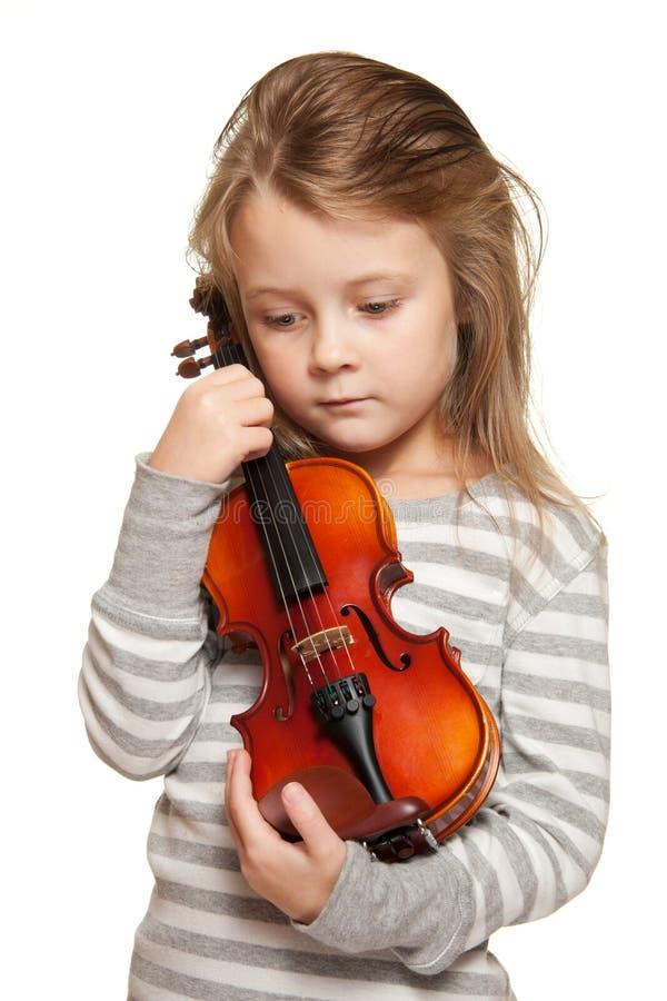 Niño con el violín imagen de archivo libre de regalías