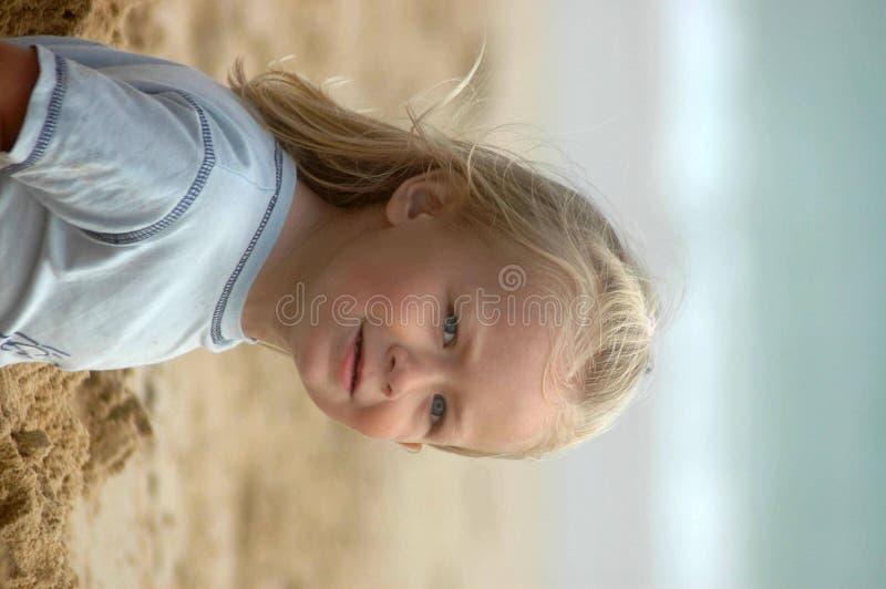 Niño de la playa fotografía de archivo libre de regalías