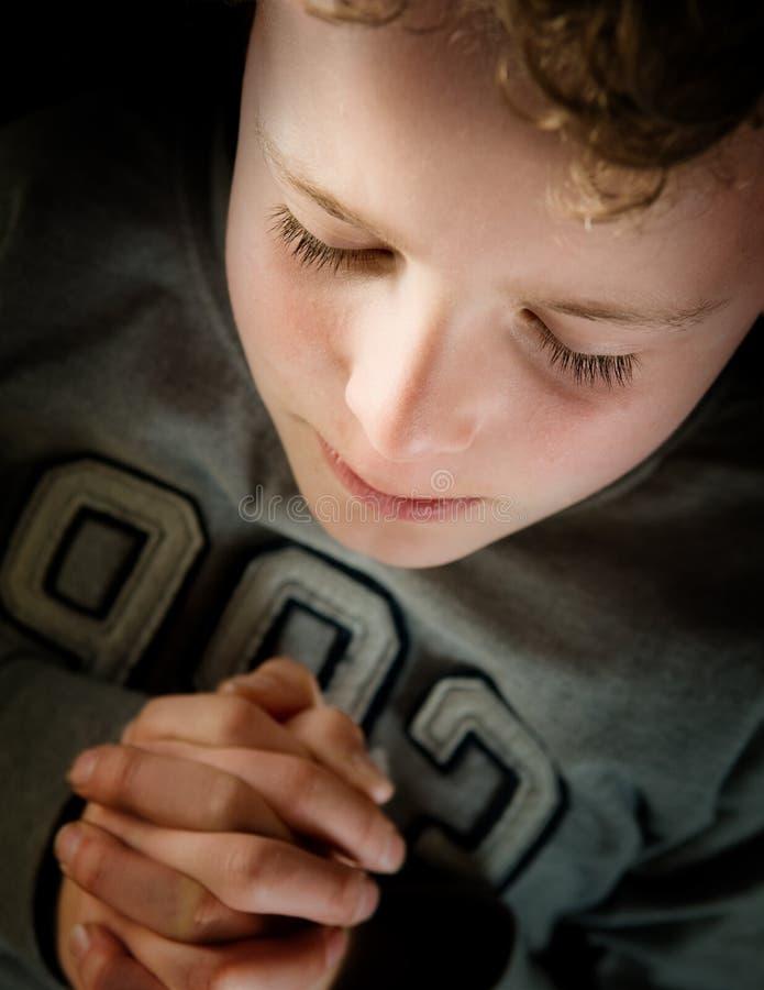 Niño de rogación foto de archivo libre de regalías