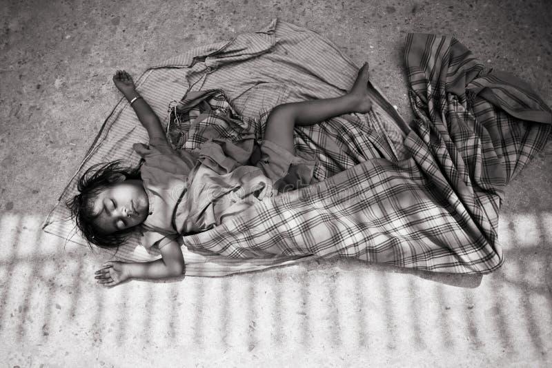 Niño en pobreza fotos de archivo libres de regalías