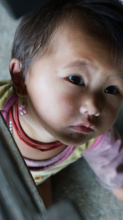 Niño en SAPA, Vietnam de Hmong imagen de archivo libre de regalías
