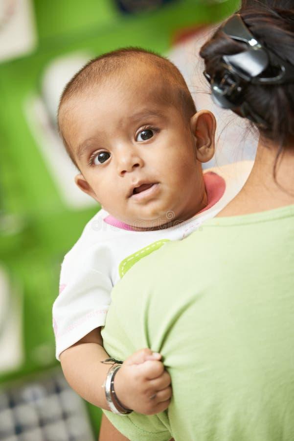 Niño indio del bebé imagen de archivo