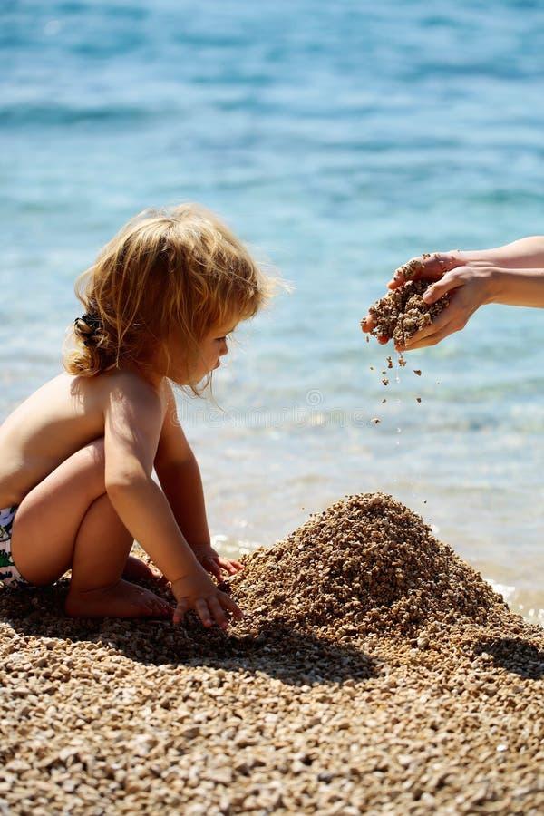 Niño lindo del bebé foto de archivo libre de regalías