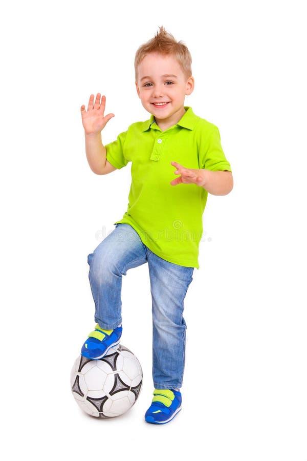 Ni o peque o feliz con un bal n de f tbol foto de archivo - Foto nino pequeno ...