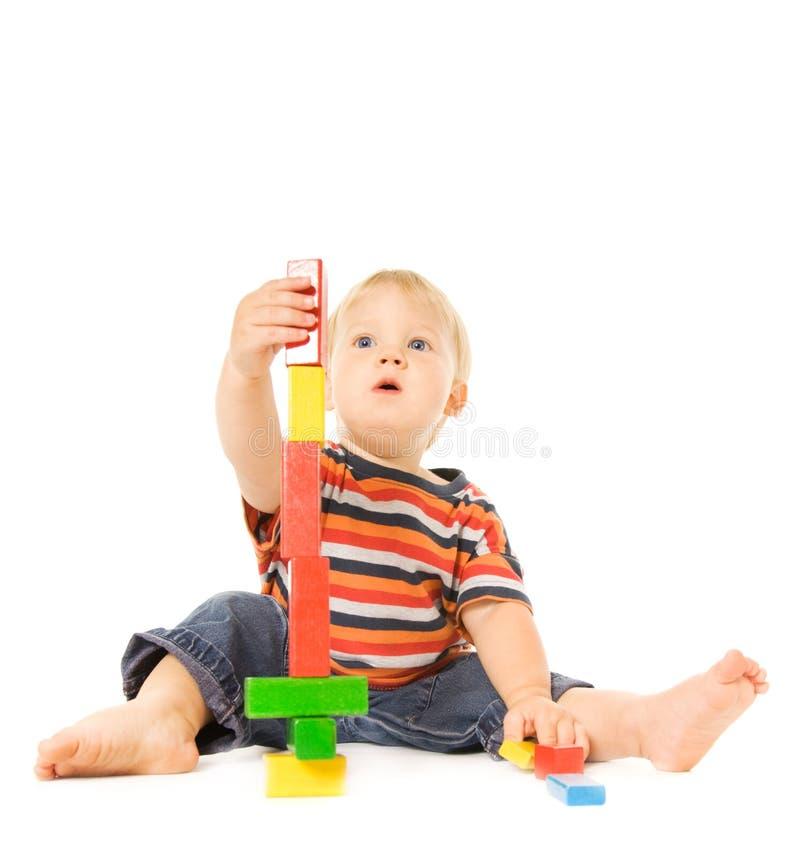 Niño que juega al juego intelectual imágenes de archivo libres de regalías