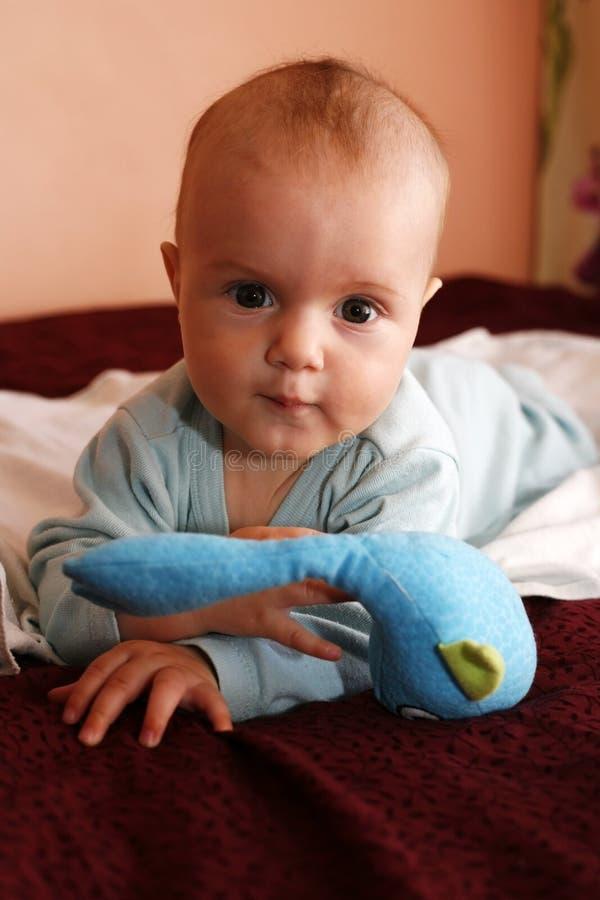 Niño recién nacido foto de archivo