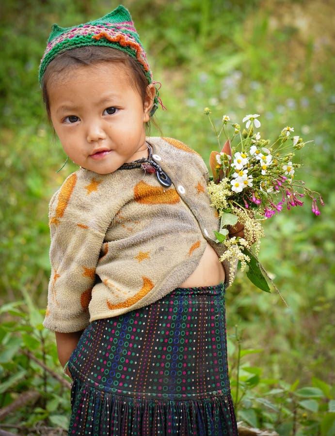 Niños étnicos de Hmong en Sapa, Vietnam fotos de archivo libres de regalías