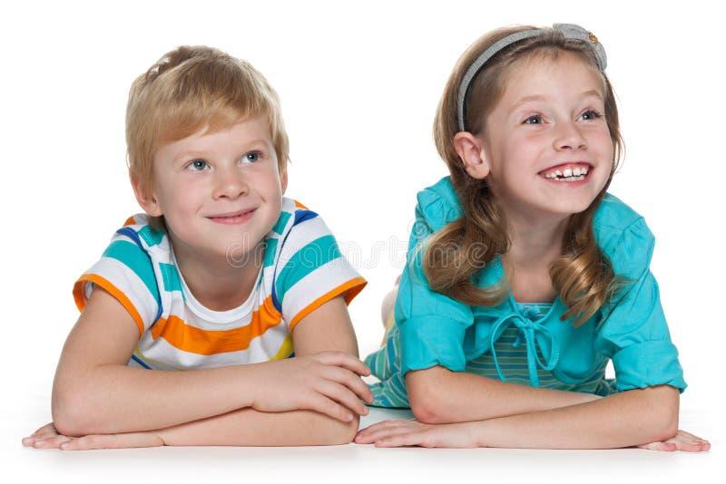 Niños alegres del pelirrojo junto foto de archivo libre de regalías