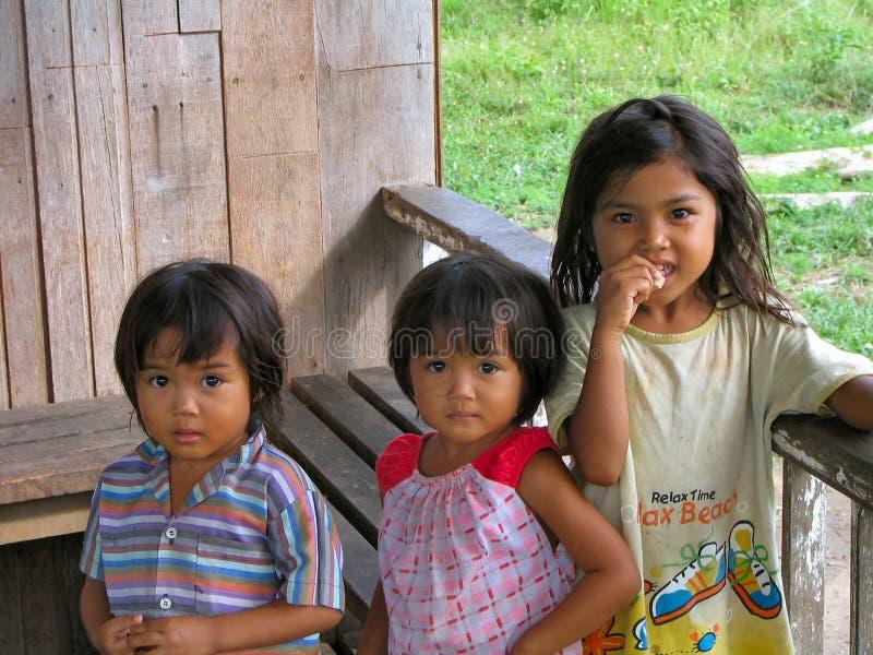 Niños de Borneo imagen de archivo