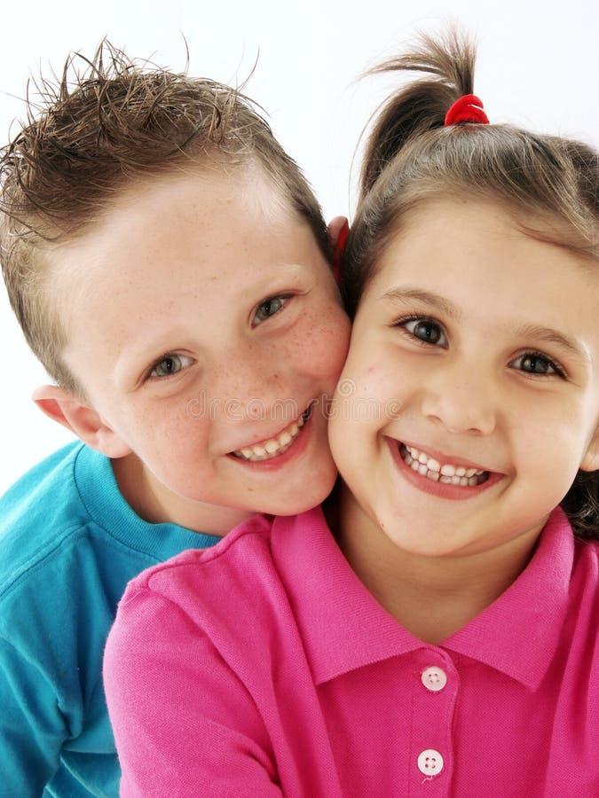 Niños de los pares. imagen de archivo