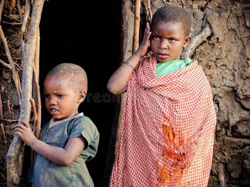 Niños del Masai foto de archivo