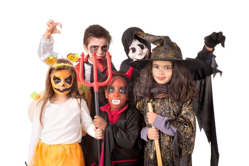 Niños en Halloween imagen de archivo