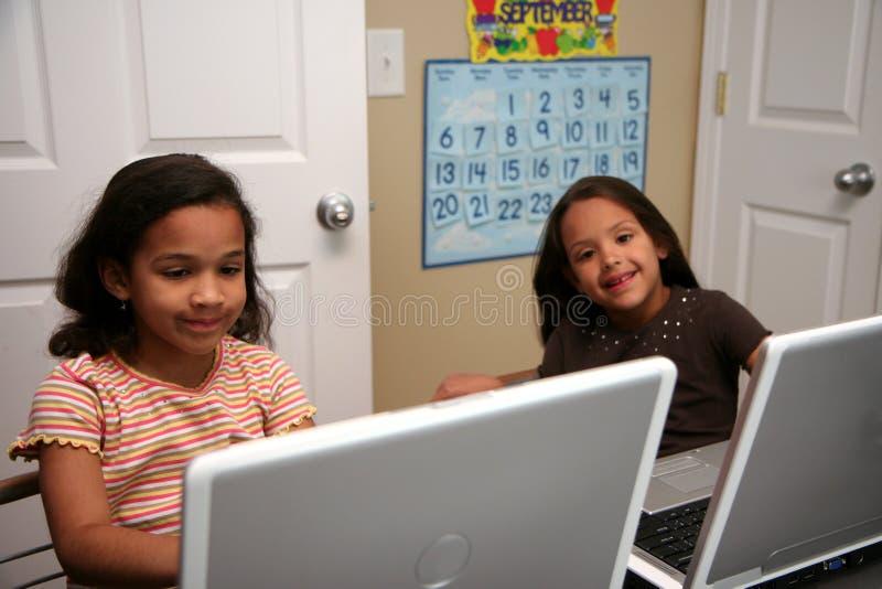 Niños en la escuela fotografía de archivo libre de regalías