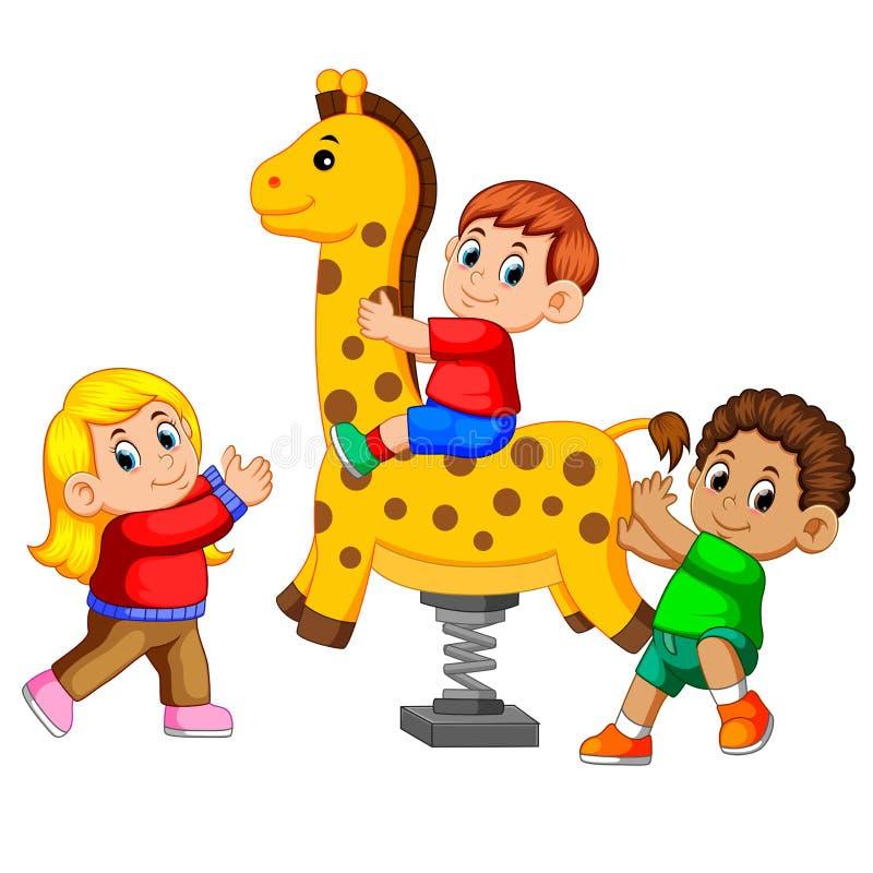 Niños felices que juegan la jirafa del jinete de la primavera ilustración del vector