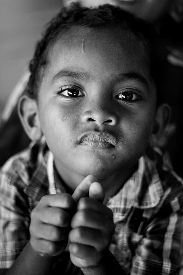 Niños pobres indonesios (mendigo) fotos de archivo