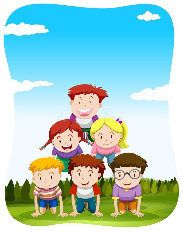 Niños que juegan la pirámide humana en el parque ilustración del vector