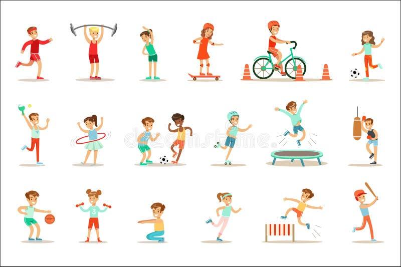 Niños que practican diversos deportes y actividades físicas en gimnasio de la clase de la educación física y al aire libre Juego  ilustración del vector