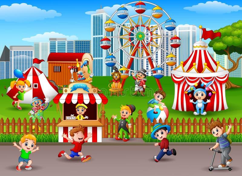 Niños que se divierten en el parque de atracciones libre illustration