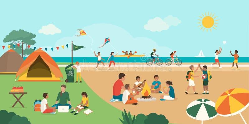 Ni?os felices que disfrutan del campamento de verano junto en la playa libre illustration