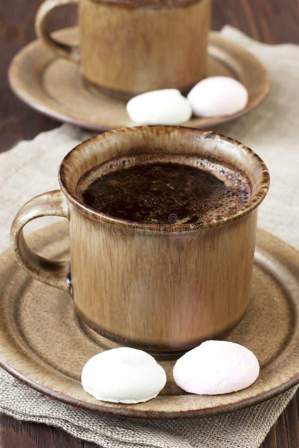 Download Śniadaniowa Kawa Z Cukierkami Obraz Stock - Obraz złożonej z cukierki, ciasto: 53775403