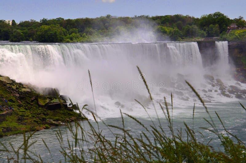 Niagara Falls, el 24 de junio: Estados Unidos echan a un lado de Niagara Falls fotos de archivo
