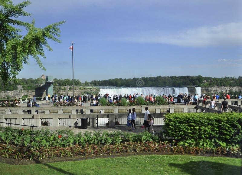 Niagara Falls, el 24 de junio: Lugar magnífico de la visión de Niagara Falls de la provincia de Ontario de Canadá fotografía de archivo libre de regalías