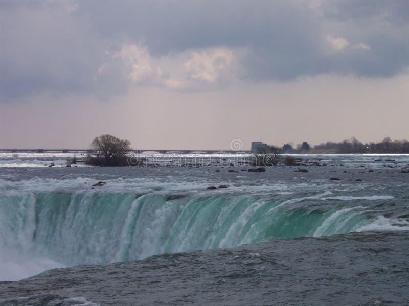 Niagara Falls en mars photographie stock libre de droits