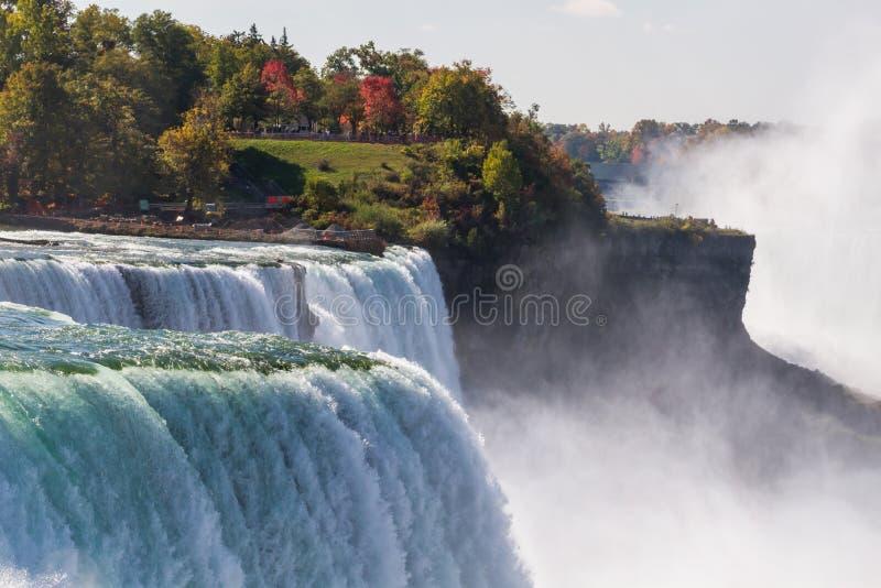 Niagara Falls en otoño, los E.E.U.U. foto de archivo libre de regalías