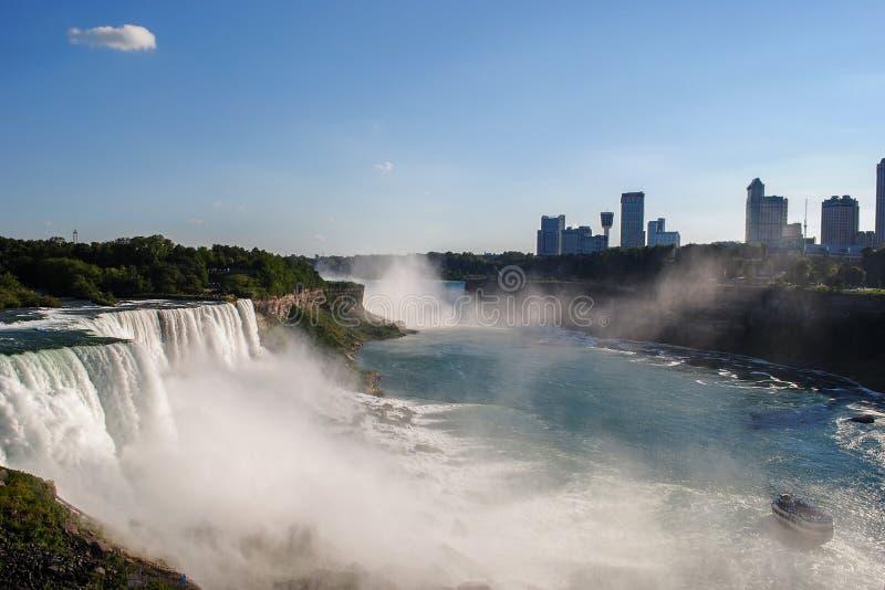Niagara Falls från amerikansk sida arkivbild