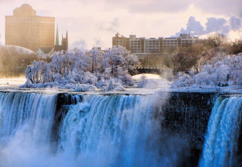 Niagara Falls i vinter fotografering för bildbyråer