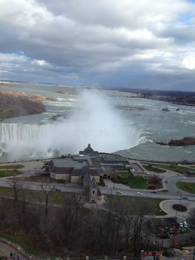 Niagara Falls Kanada tidigt på morgonen arkivfoton