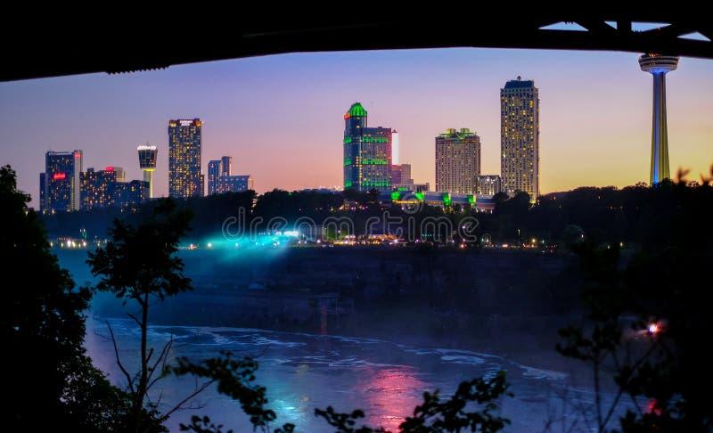 Niagara Falls na noite foto de stock