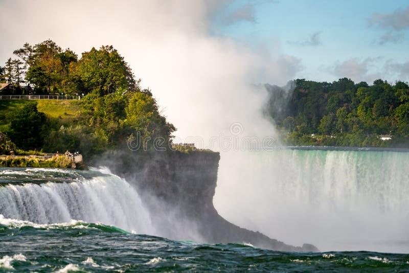 Niagara Falls po stronie Ameryki z czystym niebem, Buffalo, Stany Zjednoczone Ameryki fotografia stock