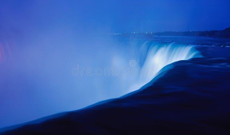 Niagara Hoefijzerdalingen bij Nacht royalty-vrije stock foto
