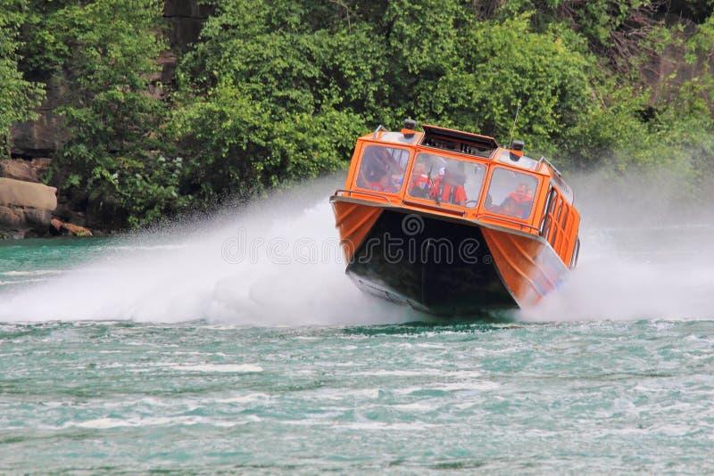 Niagara Jet Boat Tours de V.S. stock foto