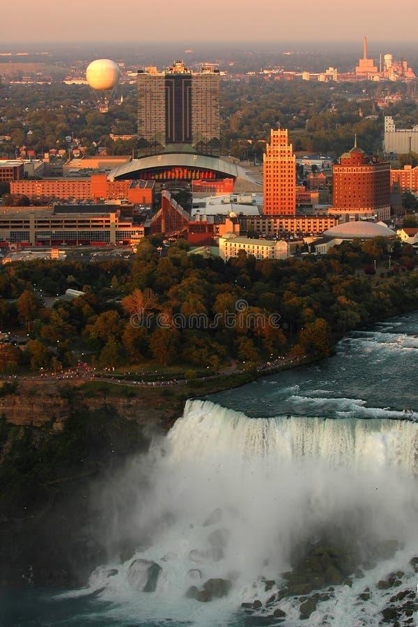 Niagara NY no crepúsculo imagem de stock