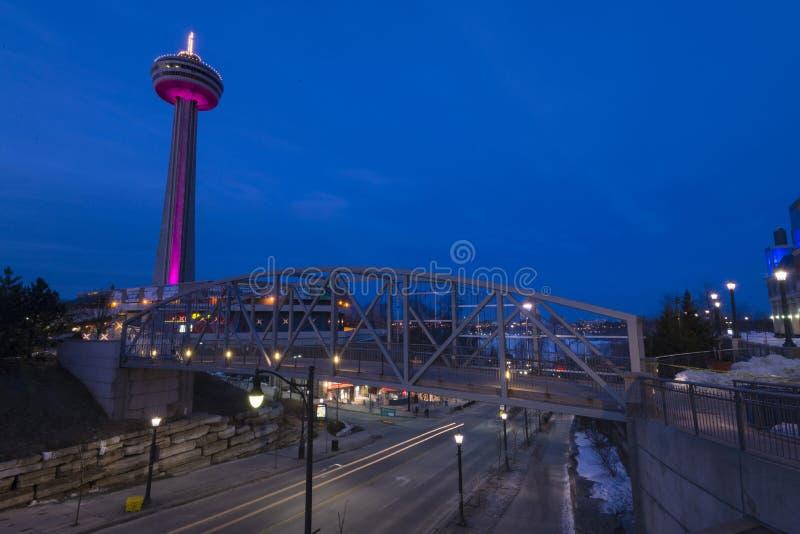 Niagara skylon står hög royaltyfri fotografi