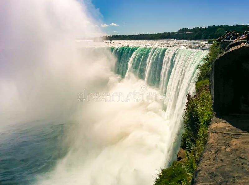 Niagara spadki, niebezpieczna krawędź siklawa zdjęcia royalty free