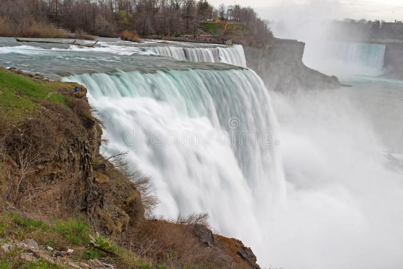 Niagaradalingen tussen New York en Canada stock foto
