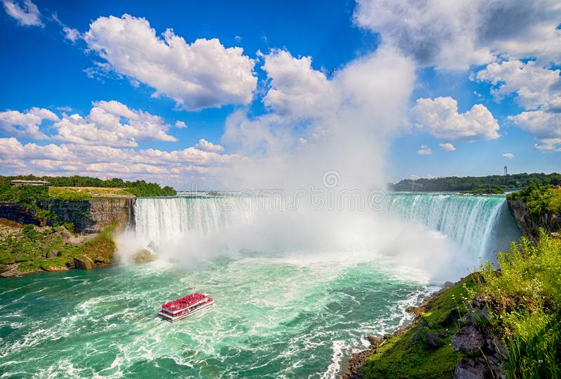 Niagaradalingen van Canada stock fotografie