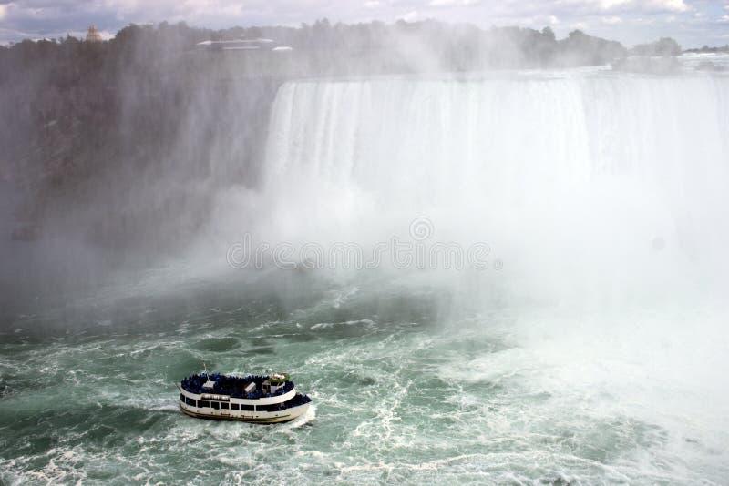 Niagra tombe conduite de bateau images libres de droits