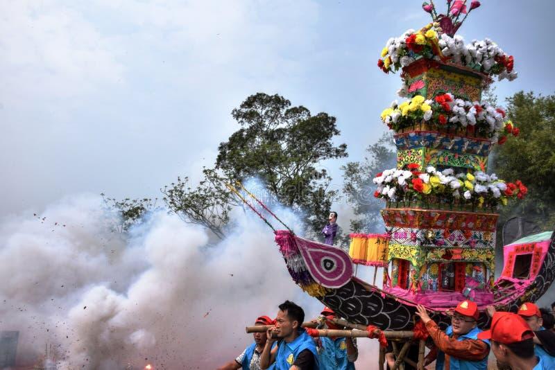 Nian Li Chiny, unikalny tradycyjny festiwal trzyma w zachodzie prowincja guangdong obraz stock