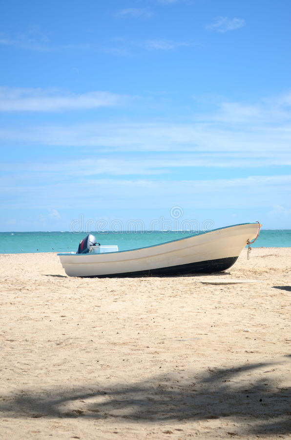 Free Nice Boat Is Standing On The Beach Royalty Free Stock Photos - 26132908