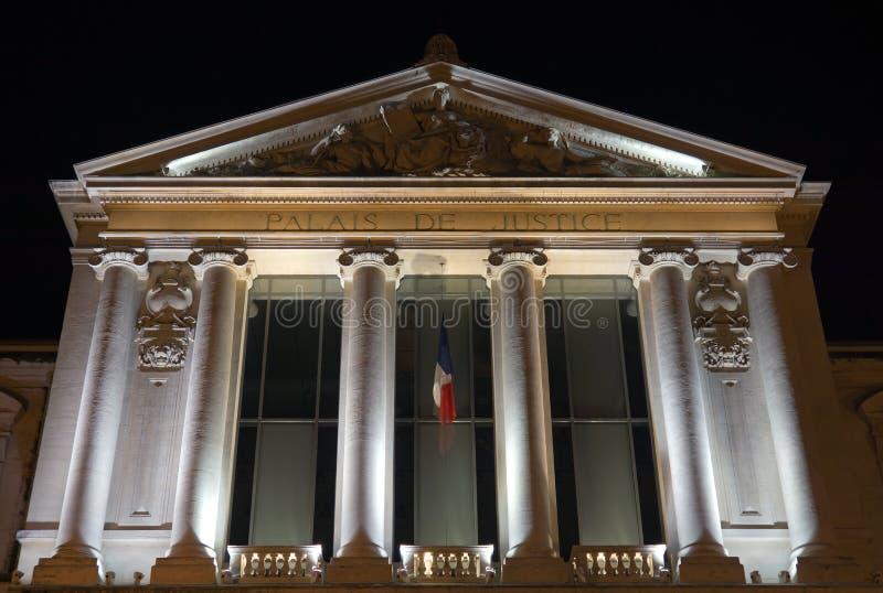 Download Nice - Palais DE Justice redactionele afbeelding. Afbeelding bestaande uit mening - 39104785