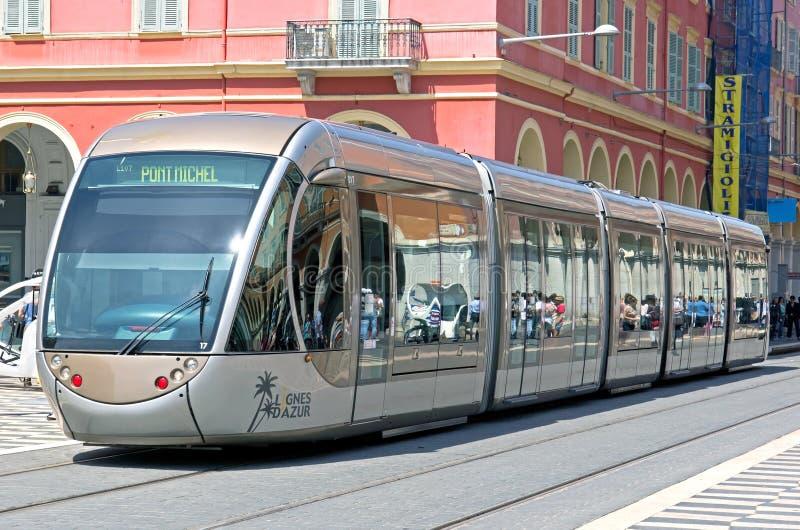 Nice - Tram in stad royalty-vrije stock fotografie