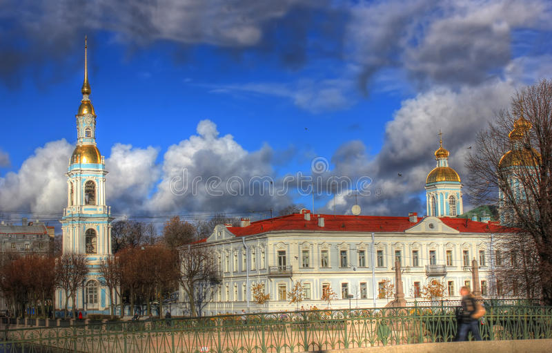 Nicholas Bell Tower, St Petersburg, Rússia imagem de stock
