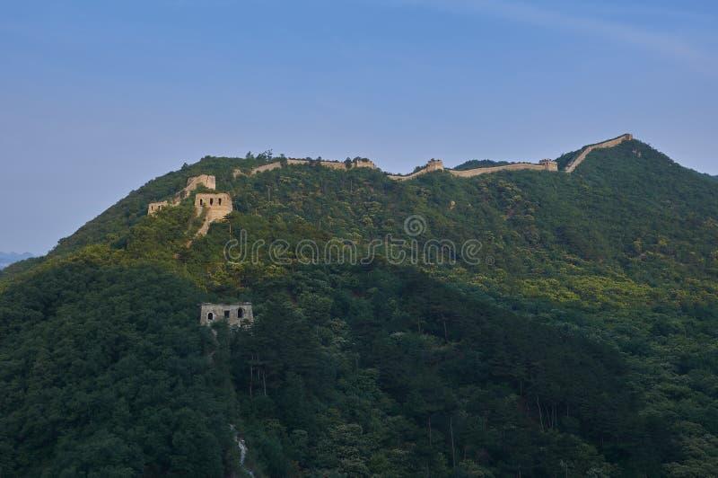 Nicht zurückerstatteter Abschnitt der Chinesischen Mauer, Zhuangdaokou, Peking, China lizenzfreie stockbilder